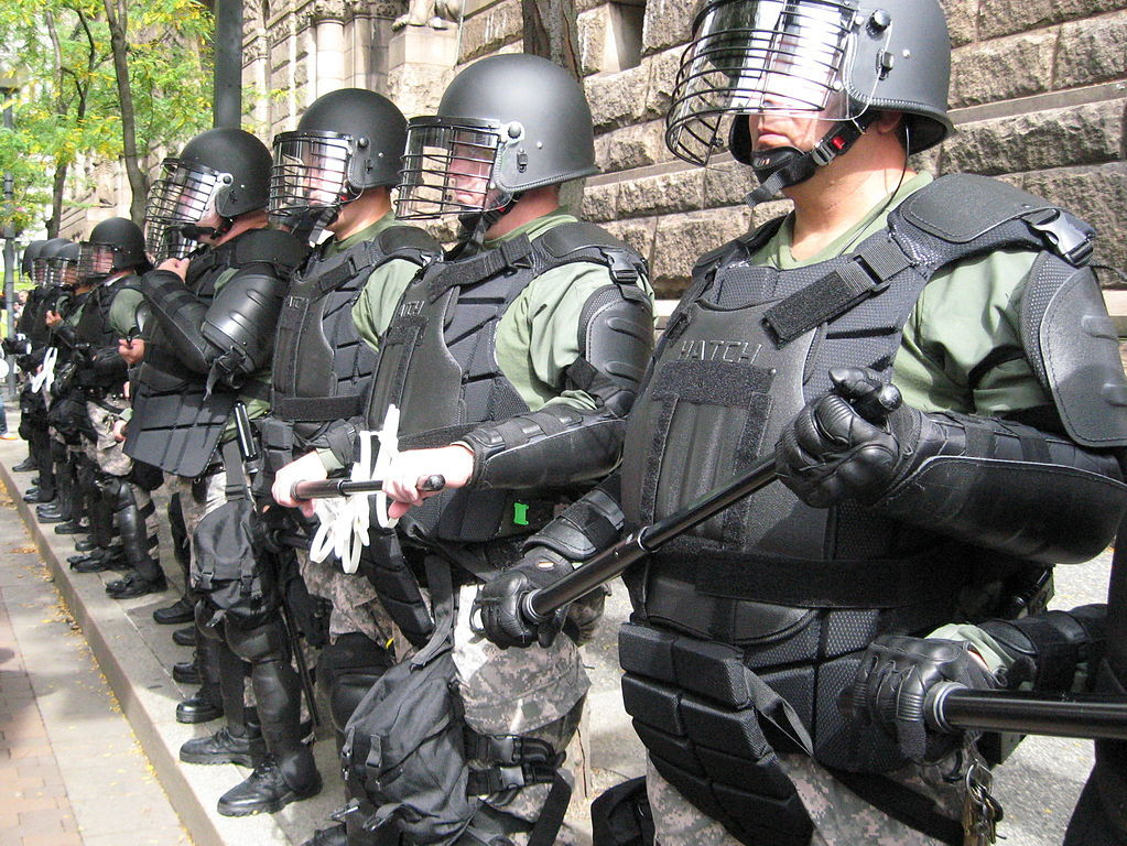 Pittsburgh police in riot gear. September 25, 2009